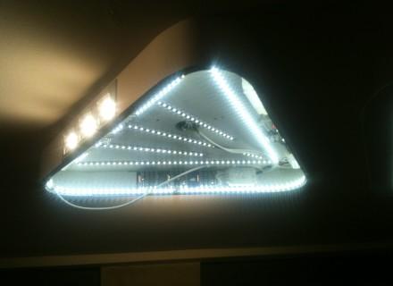 Illuminazione artigianale - Triangolo luminoso in corso di realizzazione